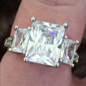 Sterling silver 3 princess cut rhinestone ring